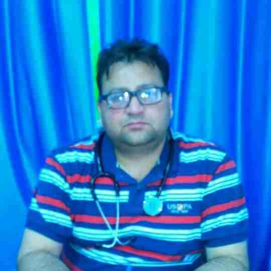 Dr. Praveen Sharma's profile on Curofy