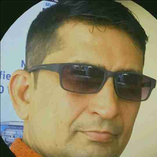 Dr. Deepesh Solanki's profile on Curofy