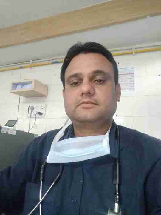 Dr. Mahendra Yadav's profile on Curofy