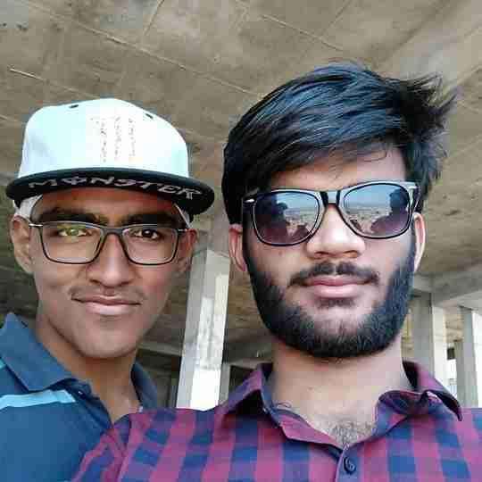Prateek Gudadhe's profile on Curofy