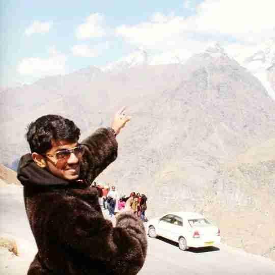 Akash Deepak's profile on Curofy