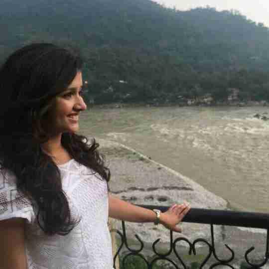 Nainshi Bhatt's profile on Curofy
