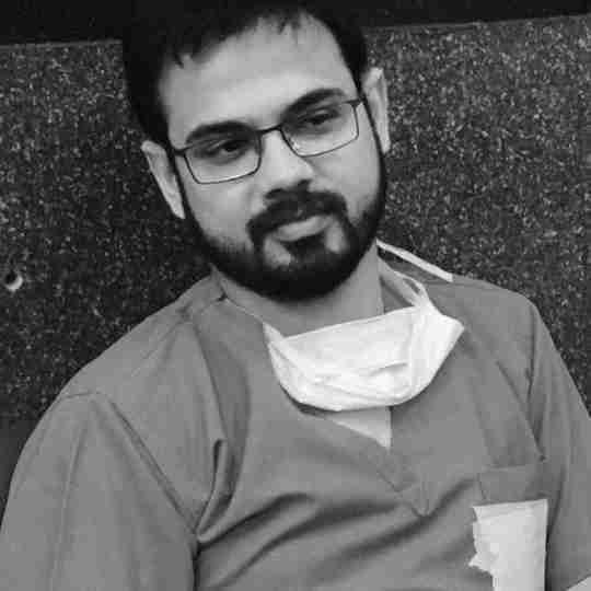Dr. Manu Gautam's profile on Curofy