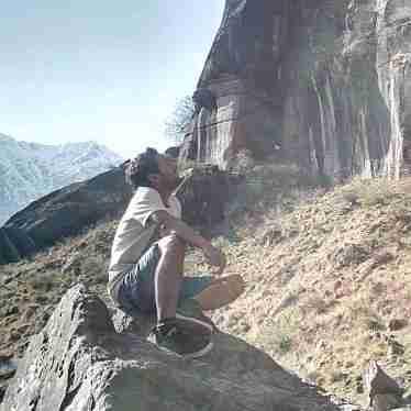 Dr. Narender Thakur's profile on Curofy