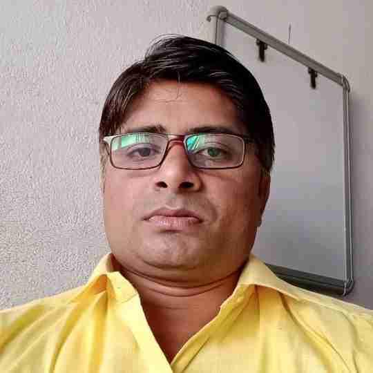 Dr. Avinash Tripathi's profile on Curofy