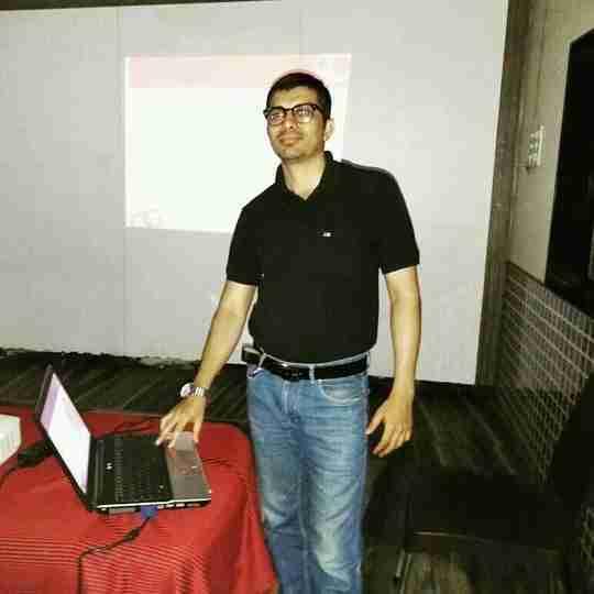 Dr. Manik Shinde's profile on Curofy