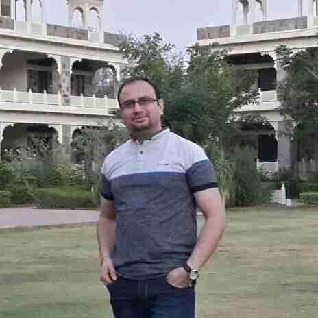 Dr. Sunil Manglani's profile on Curofy