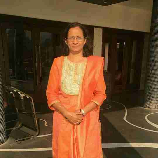 Dr. Neelam Lashkare's profile on Curofy
