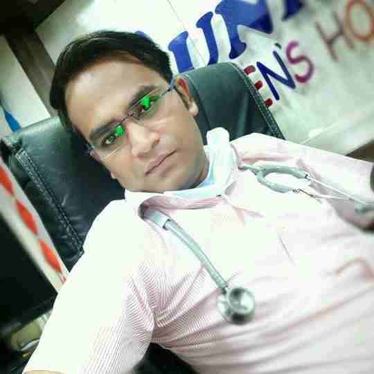 Dr. Vijay Shukla's profile on Curofy