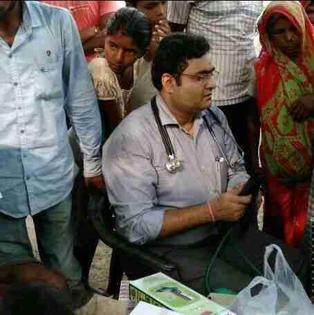 Dr. Anish Prakash's profile on Curofy