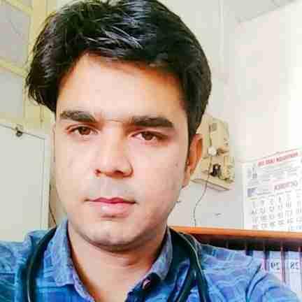 Dr. Purushottam Tiwari's profile on Curofy