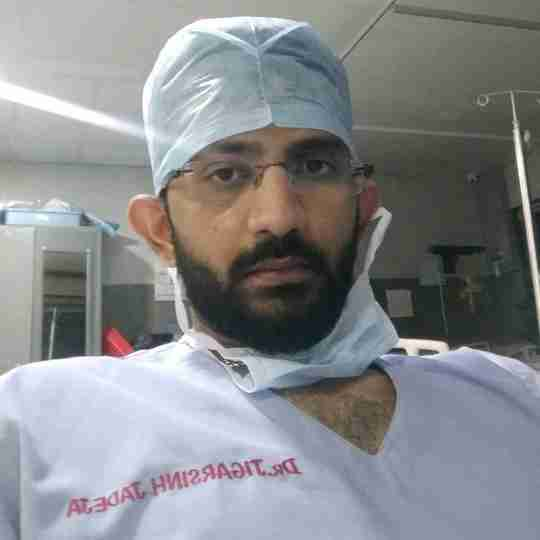 Dr. Jigarsinh Jadeja's profile on Curofy