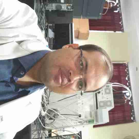 Dr. Nitesh Tiwari's profile on Curofy