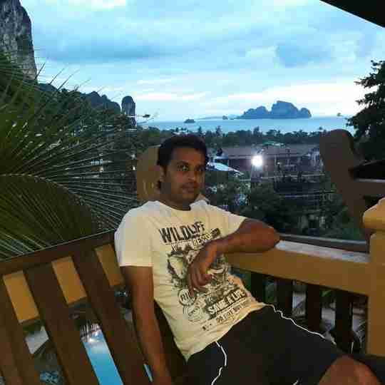 Dr. Rakeshe E's profile on Curofy