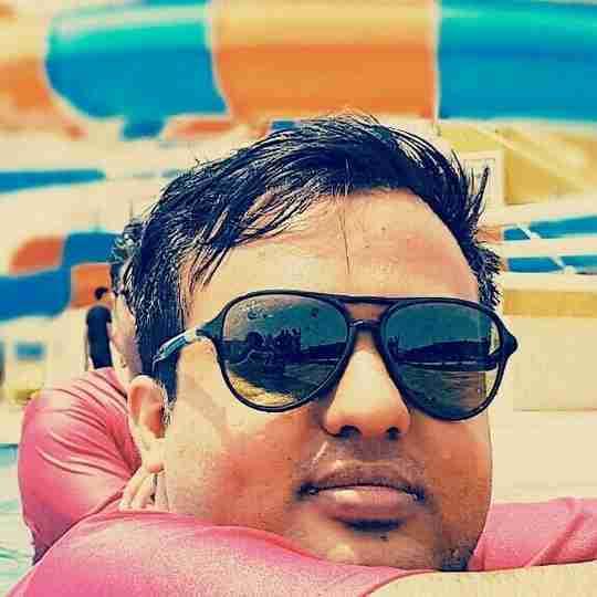 Dr. Pratik Vora's profile on Curofy