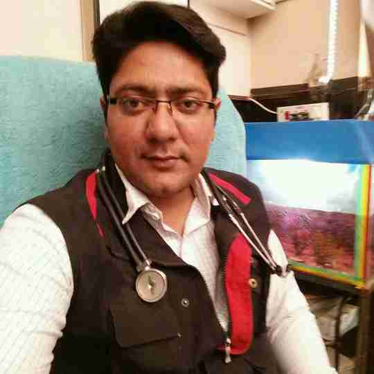 Dr. Anas Fasih's profile on Curofy
