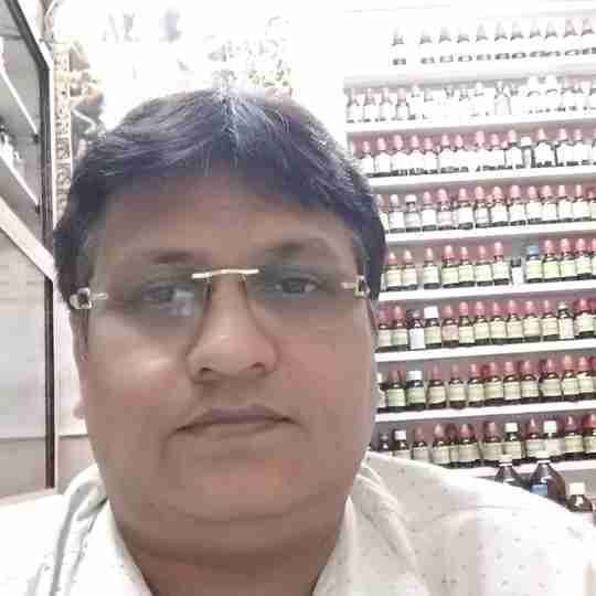Dr. Dinesh Shaw's profile on Curofy