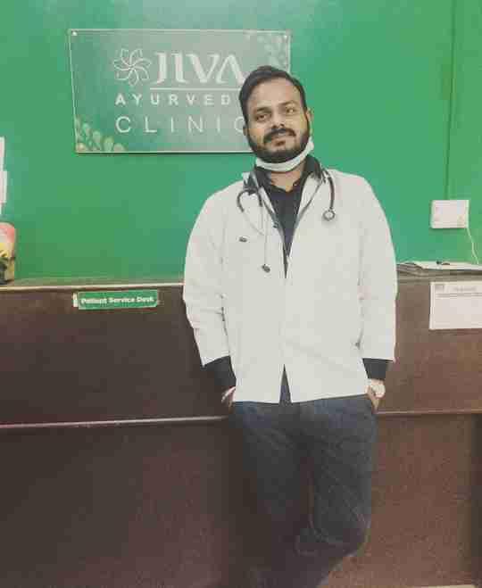 Dr. Monu Pathak's profile on Curofy