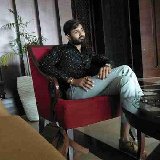Dr. Ravi Khunt's profile on Curofy