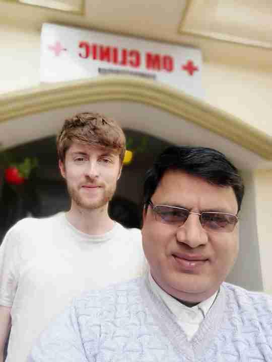 Dr. Hariom Sharma's profile on Curofy