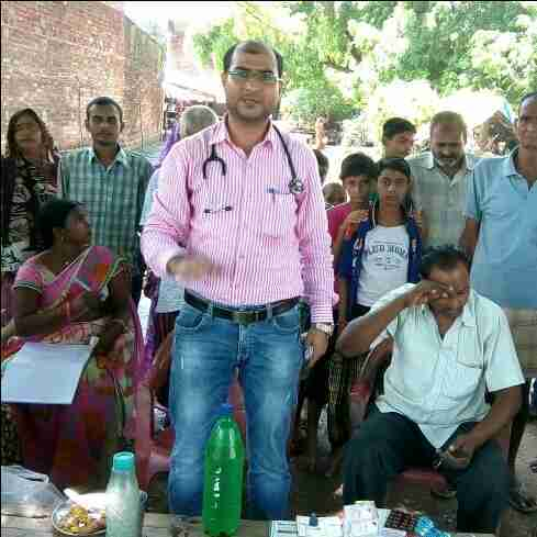 Dr. Naushad Ahmad's profile on Curofy