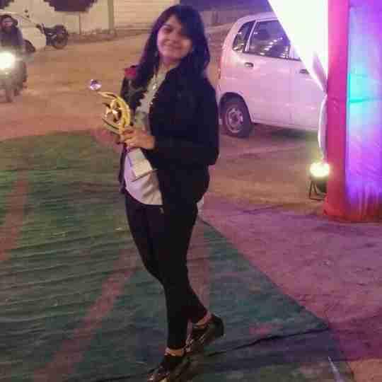 Deeksha Dhingra's profile on Curofy