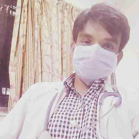 Dr. Nomair Khan's profile on Curofy