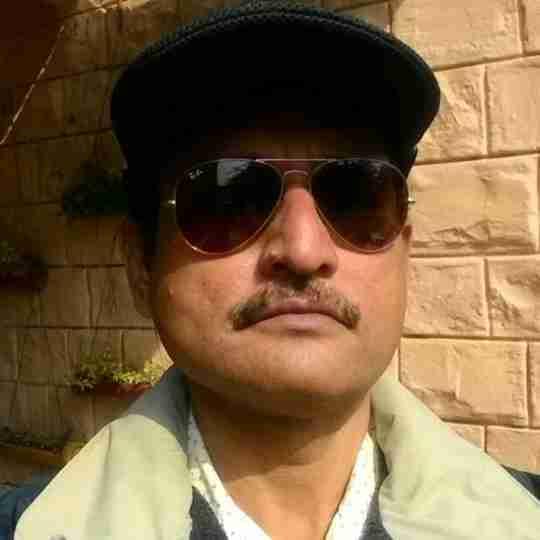 Dr. Manoj Kumar Shah's profile on Curofy