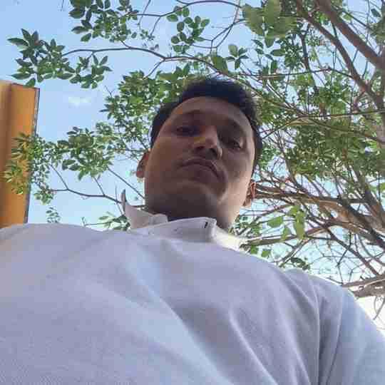 Vipul Dhandhukiya's profile on Curofy