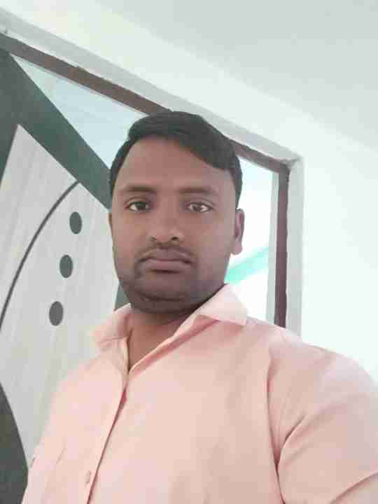 Dr. Krishn Yadav's profile on Curofy