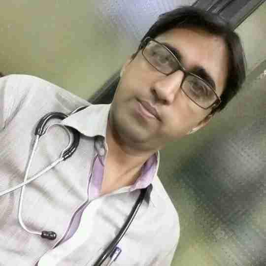 Dr. Ashwin Makwana's profile on Curofy