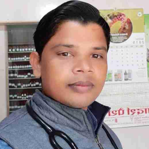 Dr. Dharmendra Kumar Yadav's profile on Curofy