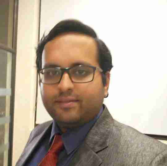 Dr. Zeeshan Hakim's profile on Curofy