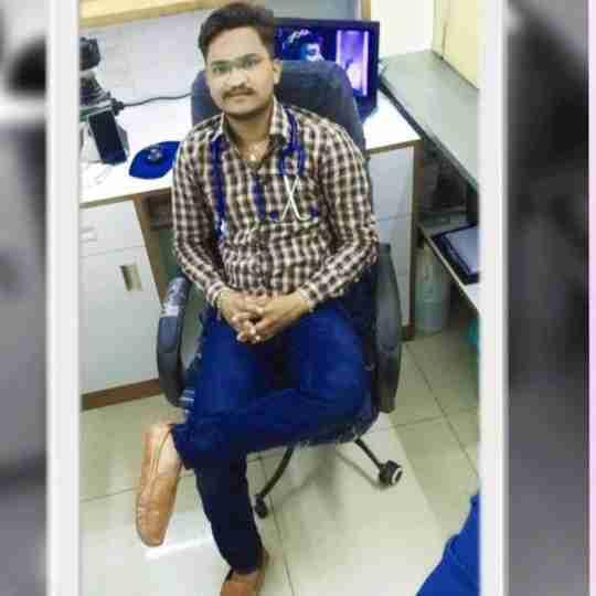 Dr. Prakash B. Makwana's profile on Curofy