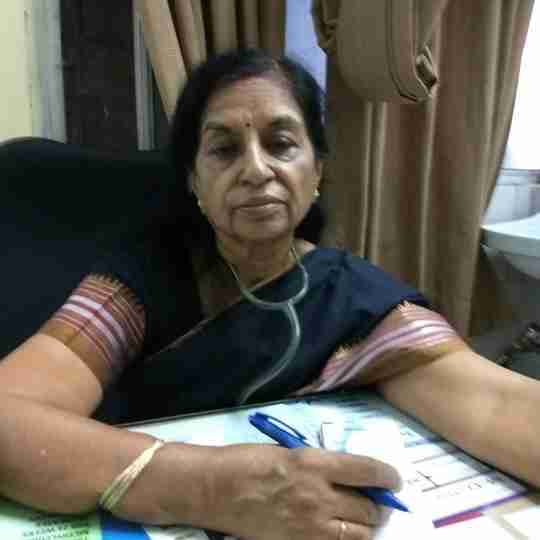 Dr. Veena Arora's profile on Curofy