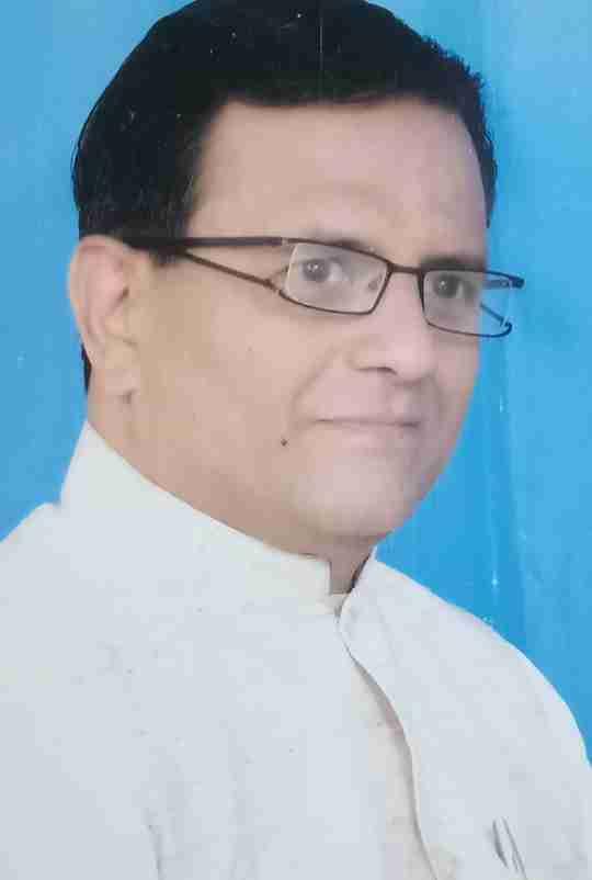Sudhakar Dave's profile on Curofy