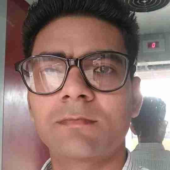 Dr. Drravinder Prajapat's profile on Curofy