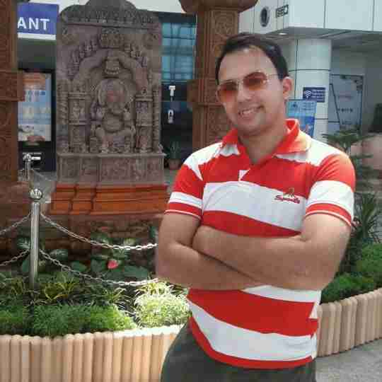 Dr. Aakash Mathur's profile on Curofy
