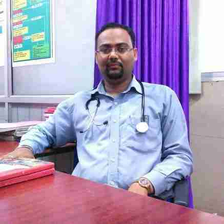 Dr. Shivam Dixit's profile on Curofy