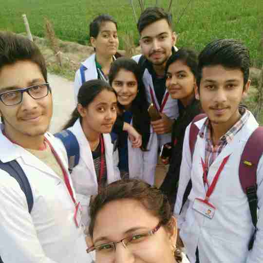 Dr. Amisha Choudhary's profile on Curofy