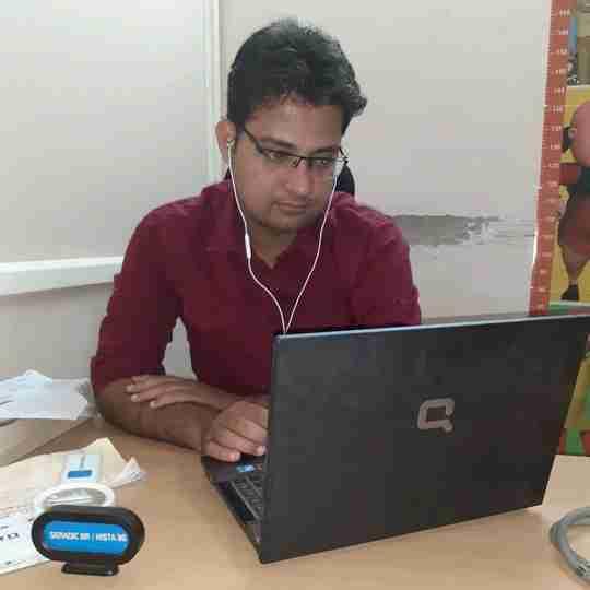 Dr. Hemant Yadav's profile on Curofy