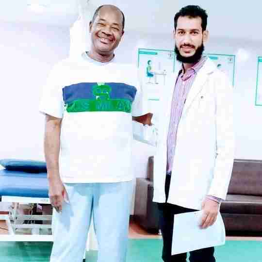 Dr. Showket Maqbool (Pt)'s profile on Curofy