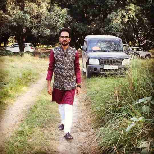 Dr. Ansar Khan's profile on Curofy