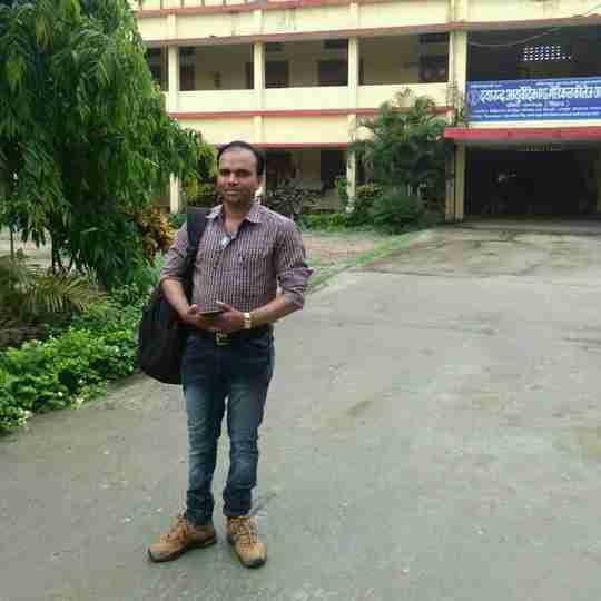 Dr. Akhilesh Singh's profile on Curofy