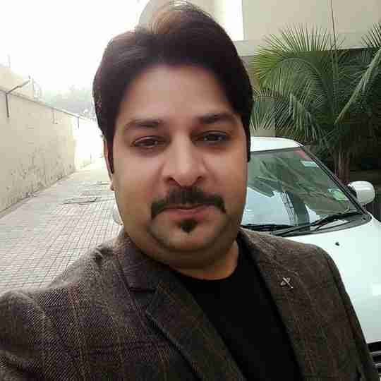 Dr. Manish Singh's profile on Curofy