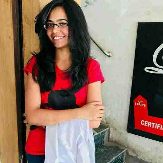 Neha Malik's profile on Curofy