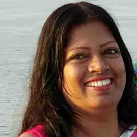 Dr. Mmeena Siingh's profile on Curofy