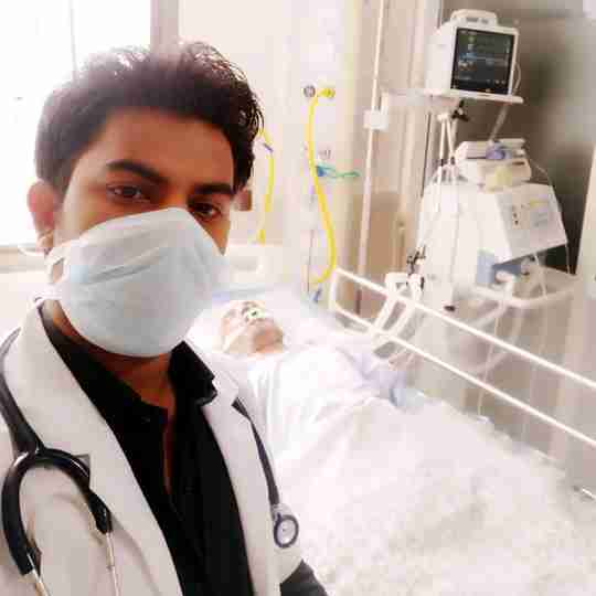 Dr. Qavi Khan's profile on Curofy