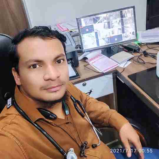 Dr. Adnan Aashir's profile on Curofy