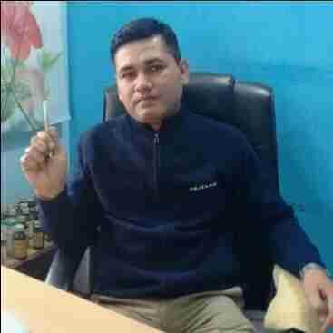 Dr. Vineet Singh's profile on Curofy